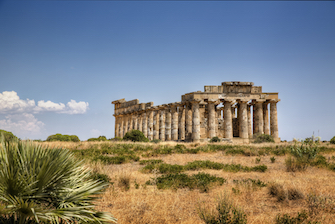 sicily guide holiday vacation west southwest selinunte temple ancien greek sightseeing