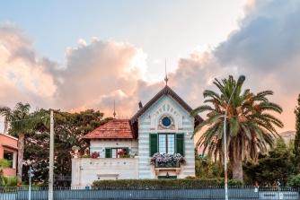 sicily area information discover mondello holiday villa architecture art nouveau