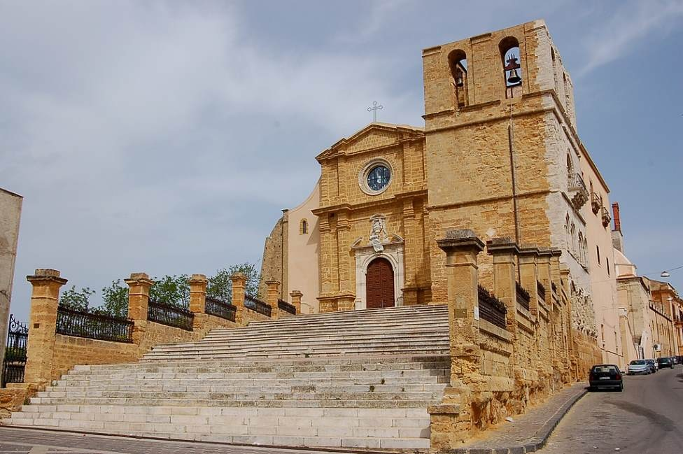 sicily guide holiday information sicilian cities agrigento san gerlando church architecture sightseeing