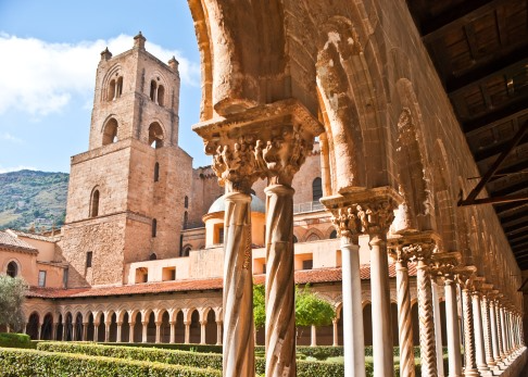 sicily guide holiday information palermo sicilian cities cathedral monreale