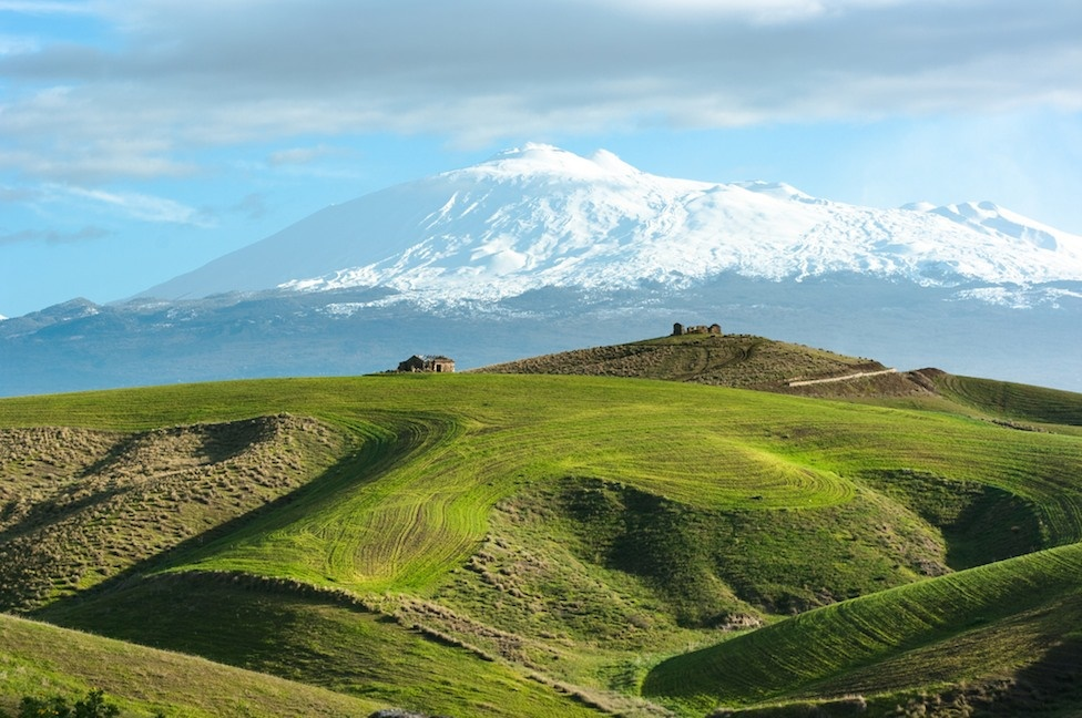 sicily area information discover taormina holiday villa snow etna landscape