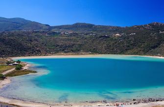 sicily guide holiday information sicilian cities travel sightseeing sicilian islands pantelleria lake vulcano