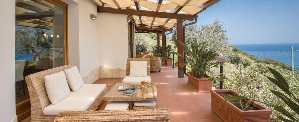 sicily guide holiday information sicilian cities cefalu villa sea view terrace